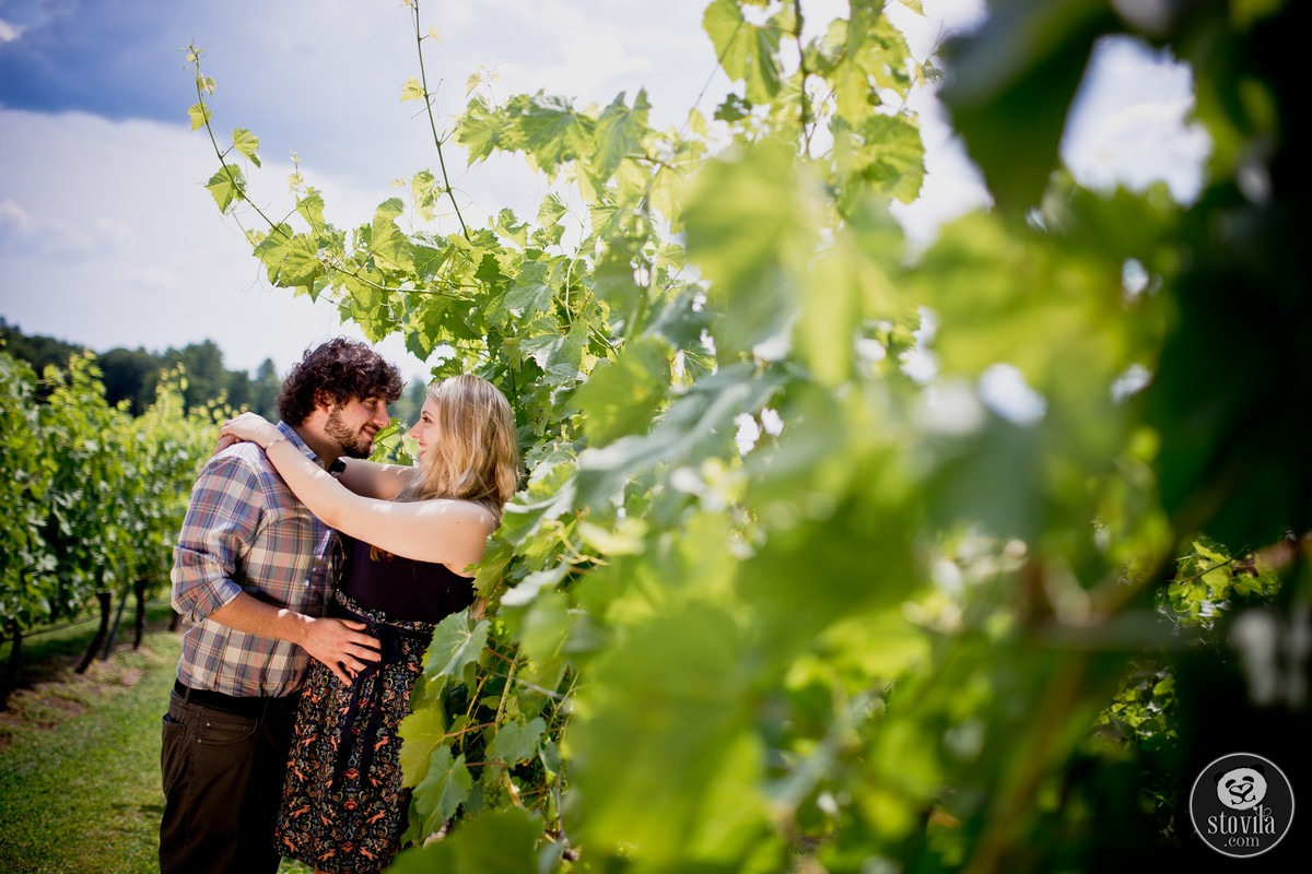 Andy_Ashley_Engagement_Session_Flag_Hill_Winery_Lee_NH (1)