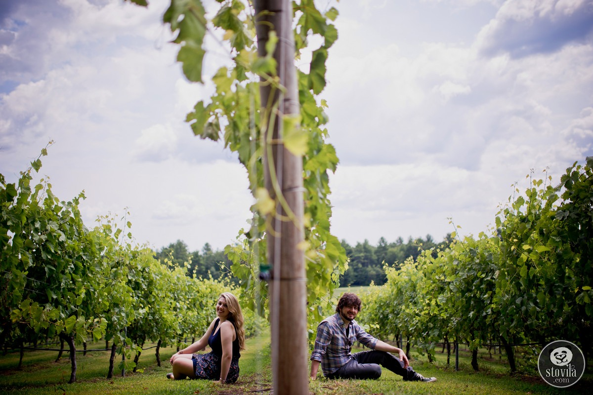 Andy_Ashley_Engagement_Session_Flag_Hill_Winery_Lee_NH (2)