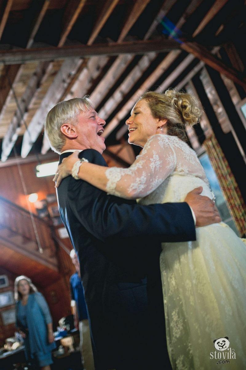 Peak_Island_Maine_Wedding_Jeff_&_Joanie_Stovila (16)